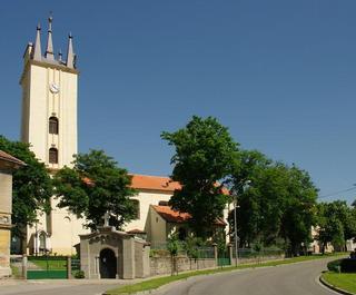 Podivín – kaple sv. Cyrila a Metoděje s kostelem sv. Petra a Pavla