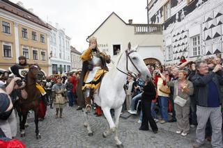 Pálavské vinobraní – průvod krále Václva IV.