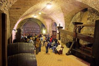 Mikulov – vinařská expozice s obřím sudem