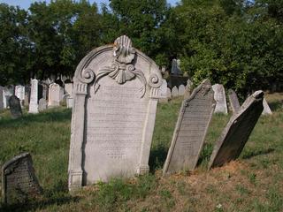 Mikulov - židovský hřbitov