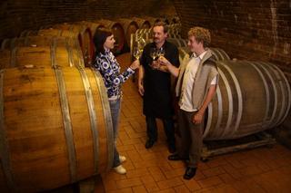 Ochutnávka vín ve vinném sklepě